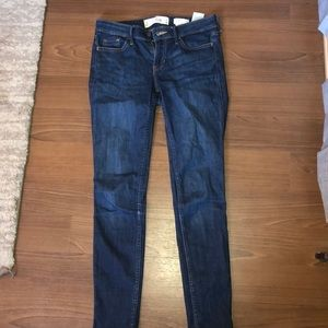 Hollister Low Rise Super Skinny Blue Jeans